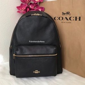 ✨💯🆕Coach Pebble Leather Charlie Backpack✨